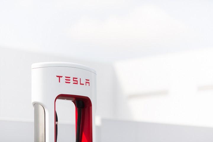 ⚡Noch 2021: Tesla-Netz Für Alle!⚡