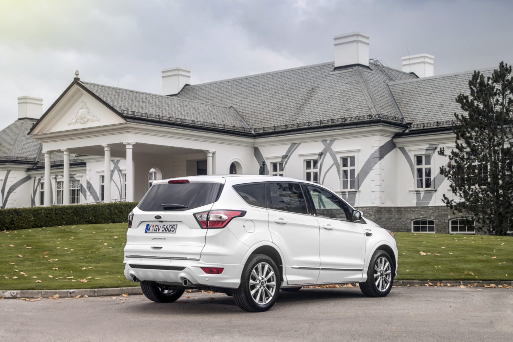 Ford Kuga Vignale Hybrid | © 2017 The Ford Motor Company