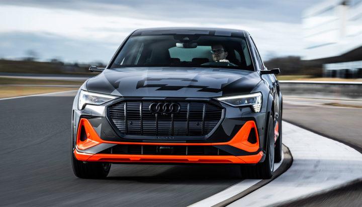 Audi E-tron S   © 2020 By AUDI AG