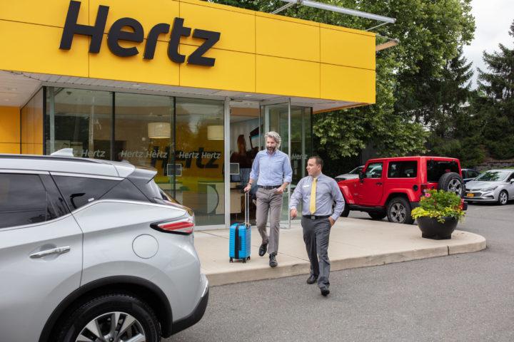 E-Offensive Bei HERTZ | © 2015 The Hertz Corporation